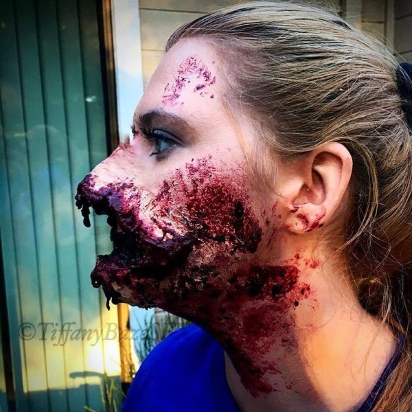 Makeup Artist Terrifies Her Followers With Gruesome Photos