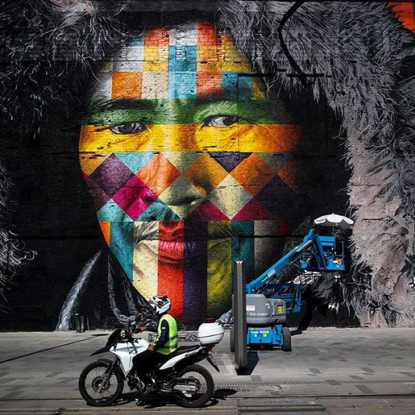 Brazilian Graffiti Artist Creates Breathtaking Mural For