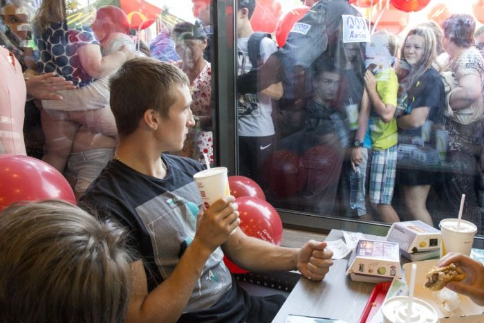 First McDonald's Opens In The Russian City Of Tomsk