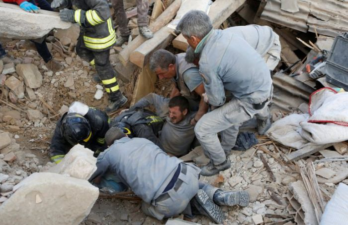 Powerful Earthquake Devastates Central Italy