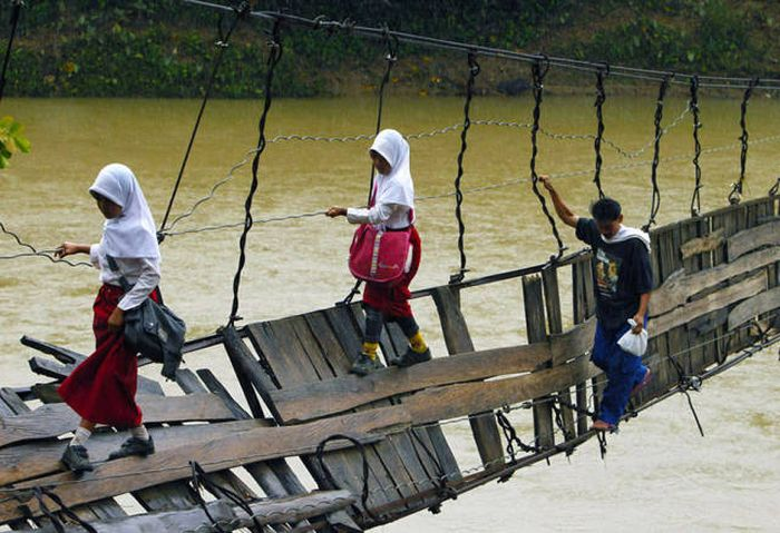 Harsh Conditions Kids Around The World Have To Endure To Get To School