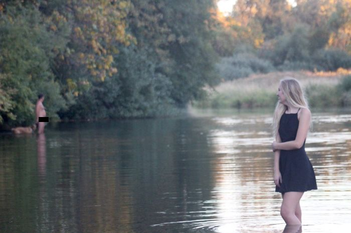 Girl's Senior Picture Gets Ruined By A Naked Man And A Dog