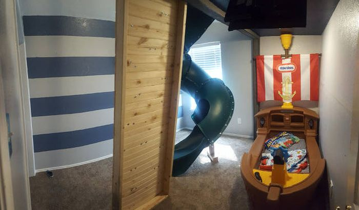 Father Of The Year Builds An Amazing Bedroom For His Son