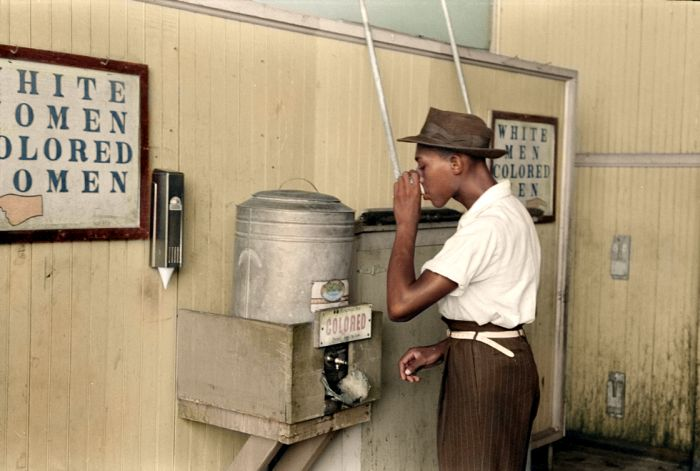 Gorgeous Color Photos From Inside History's Vault