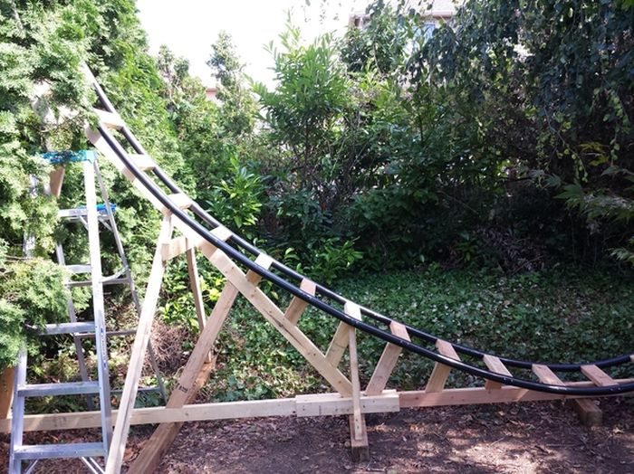 Dad Builds Mini-Rollercoaster For His Kids