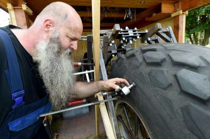German Man Builds Heaviest Bike In The World