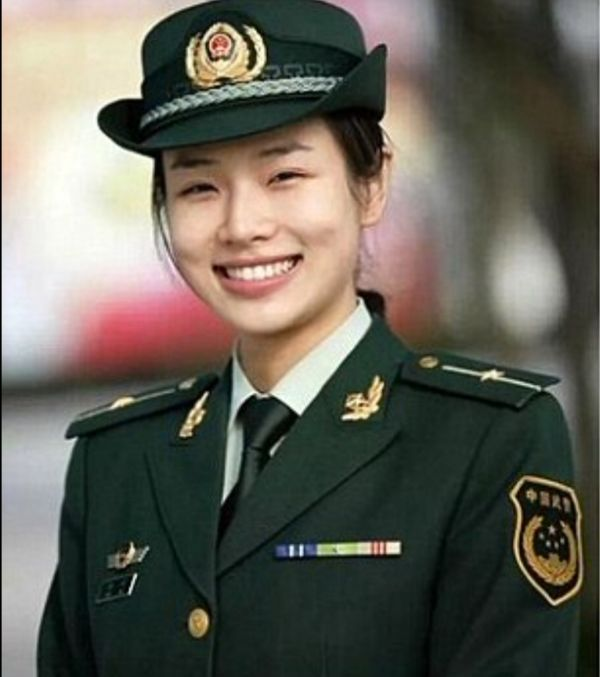 Chinese Soldier At The G20 Summit Now Being Called Prettiest Bodyguard