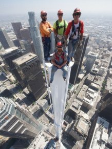 Workers Pose For A Dangerous Photo Atop The Wilshire Grand Center