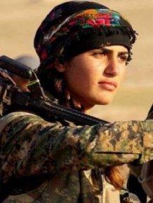 Kurdish Angelina Jolie Loses Her Life While Fighting ISIS