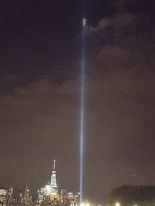 Photographer Captures Something Incredible In The Beams Of The 9/11 Tribute Lights