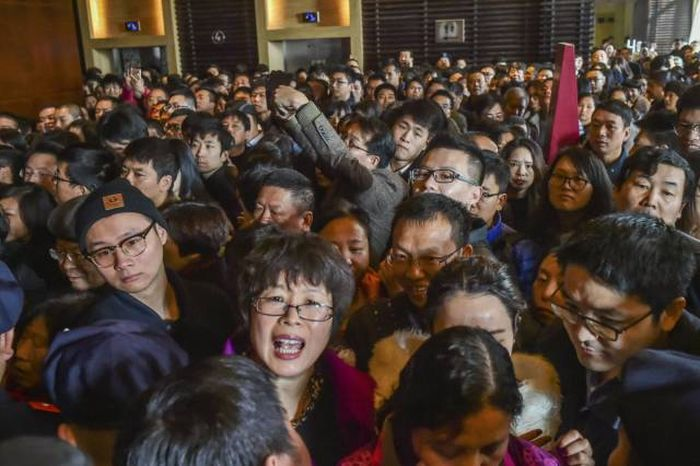 Stunning Photos Show Just How Crowded China Really Is
