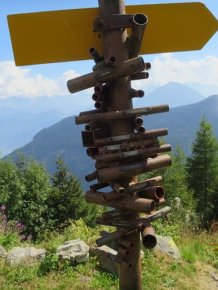 Amazing Apparatus Helps Travelers Search Mountains In Switzerland
