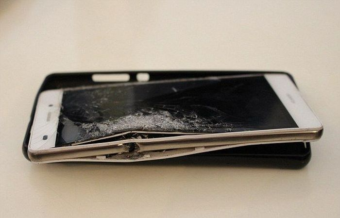 Smartphone Saves South African Businessman From Getting Shot