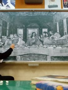 School Art Teacher Creates Incredible Drawings On A Blackboard