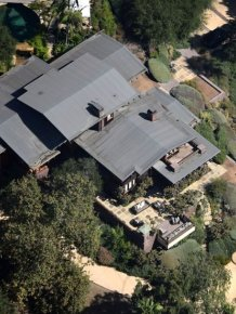 Take A Look At Brad Pitt and Angelina Jolie's Huge Hollywood Hills Compound