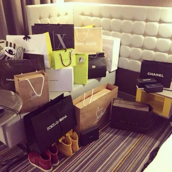 A Day In The Life Of A Compulsive Shopper