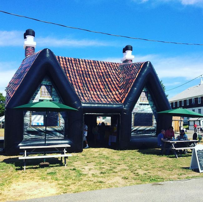 These Inflatable Irish Bars Are Perfect For A Party