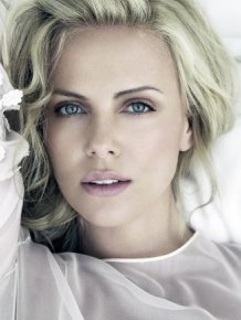 Charlize Theron Gains 41 Pounds For New Movie Role