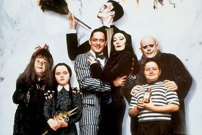 What The Cast Of The Addams Family Looks Like 25 Years Later