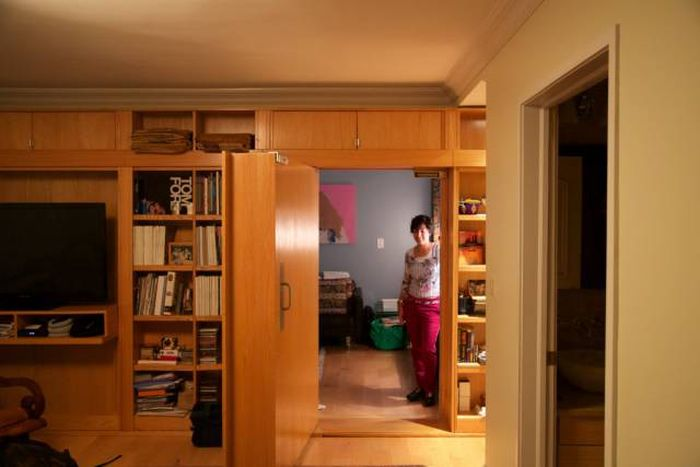 Woman Creates A Secret Room In Her House For $25,000, part 25000