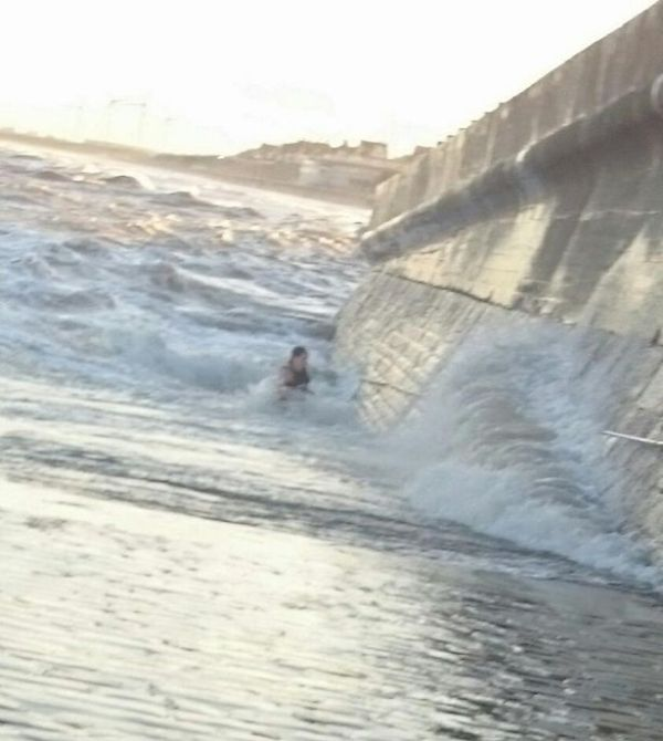 Woman Gets Dragged Into The Sea By A Powerful Wave