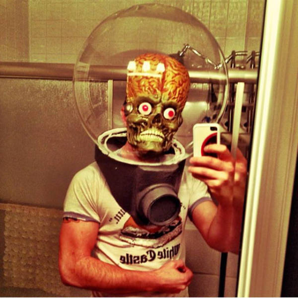 Awesome Halloween Costumes That Will Amuse You