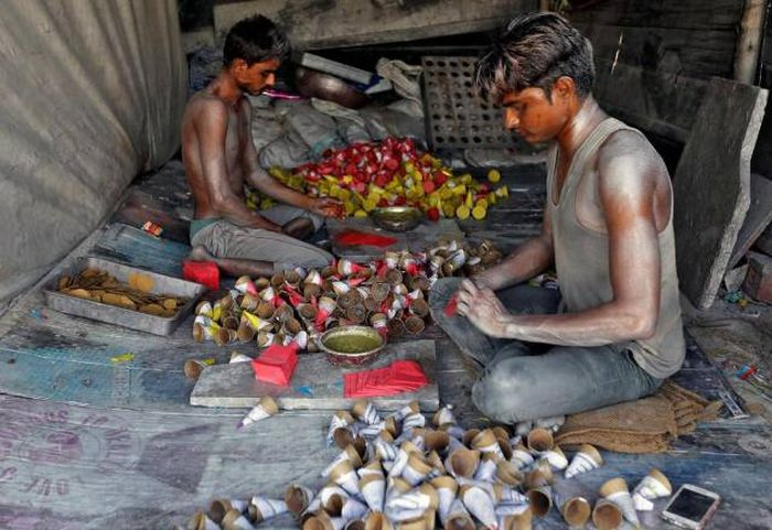 Photos That Show What Life Is Like For People In India
