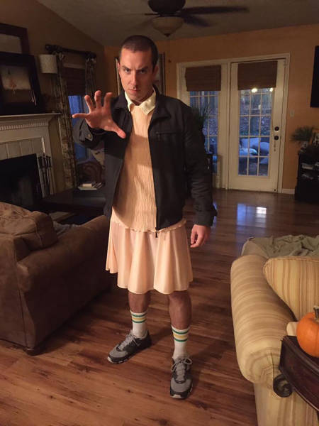 An Awesome Collection Of Halloween Costumes And Halloween Themed Pics