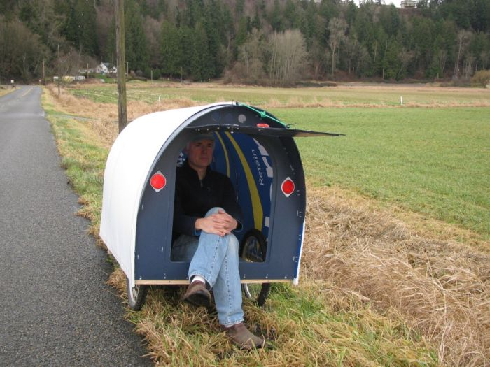 Meet The Man Who Spends His Days Traveling With A Tiny House