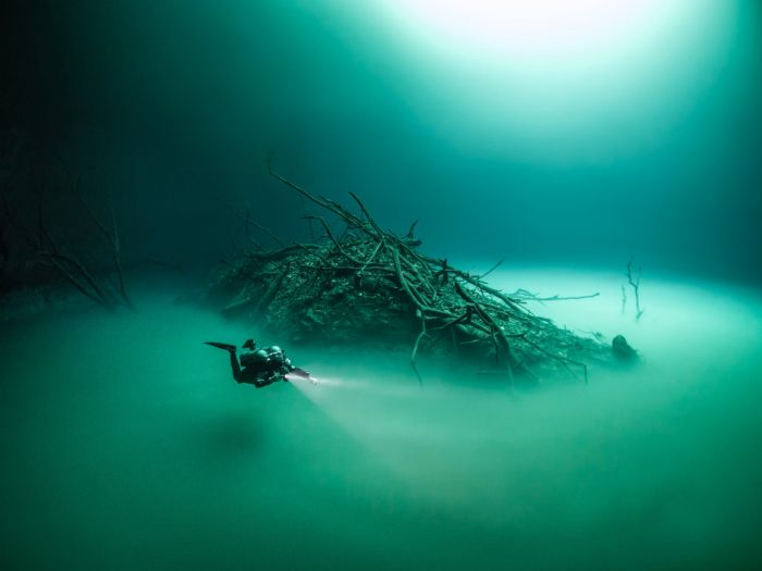 British Diver Finds Bizarre Underwater Lake Hidden In A Cave