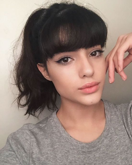 Teenage Girl Lands Modeling Job After Getting Bullied For Her Eyebrows