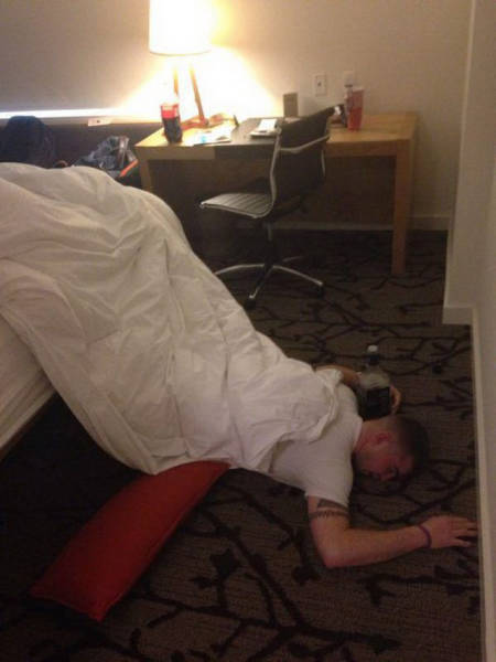 Drunk People Are Really Good At Doing Stupid Things