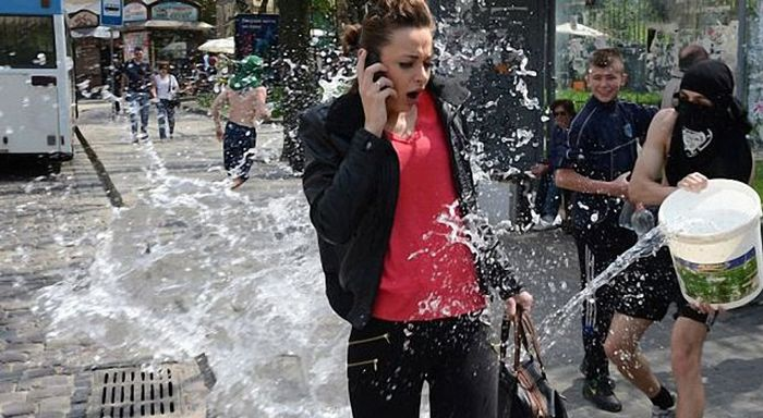 Epic Photos That Were Taken At Exactly The Right Moment