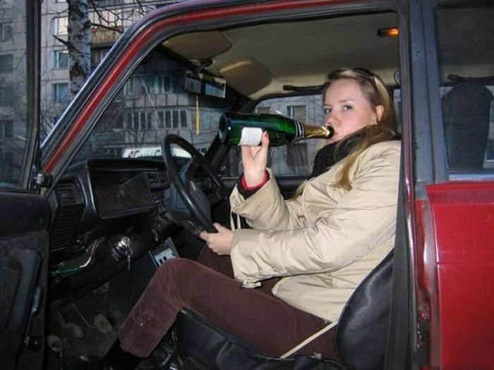 Photos That Prove Women And Cars Don't Mix Well