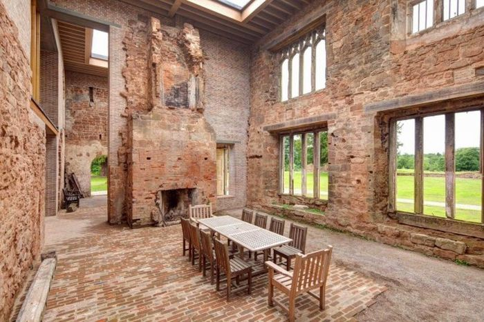 There\'s A Modern House Inside This Old Castle | Others