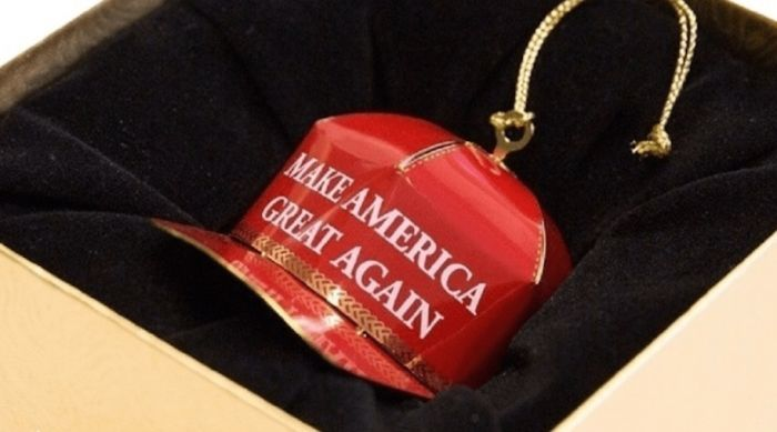 This Donald Trump Inspired Christmas Ornament Is Getting Hilarious Reviews