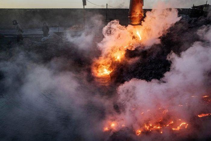 Underground Steel Mills in China Are Threatening The Environment