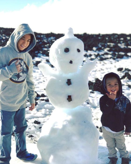 Parts Of Hawaii Are Covered In Snow