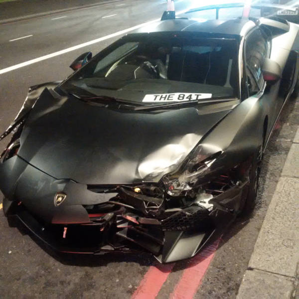 Lamborghini Gets Abandoned On The Streets Of London After An Accident