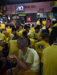 Dozens Of Prisoners Share Cells In The World's Most Crowded Jail