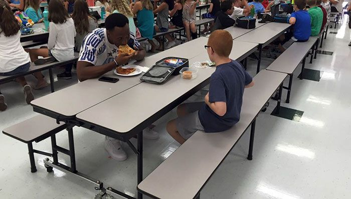 Wonderful Images That Will Restore Your Faith In Humanity In 2016, part 2016