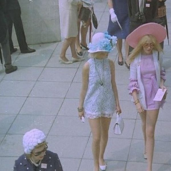 Vintage Photos Show What Fashion Was Like In England During the 60s