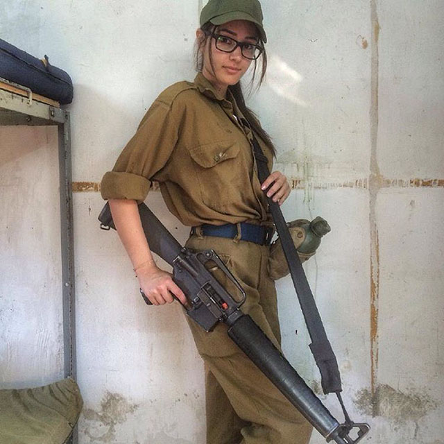 Say Hello To The Hot Women Of The Israeli Defense Force