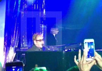 Russian Billionaire Hires Sir Elton John And Mariah Carey For A Wedding