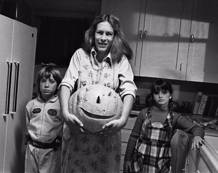Interesting Behind The Scenes Pics From The Set Of Halloween