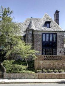 A Look Inside Barack Obama's Stunning New Home