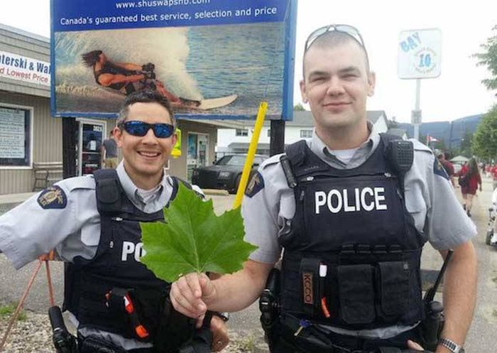 Fun Pictures That Will Restore Your Faith In Police