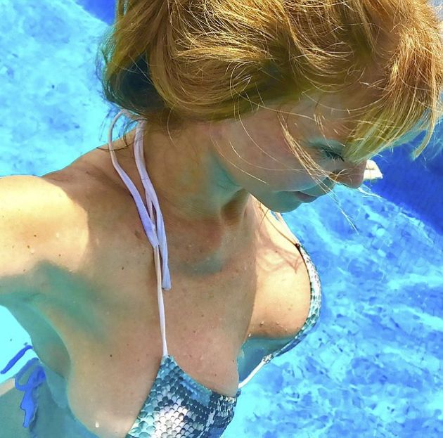 This 64 Year Old Woman's Hot Pictures Are Burning Up The Internet