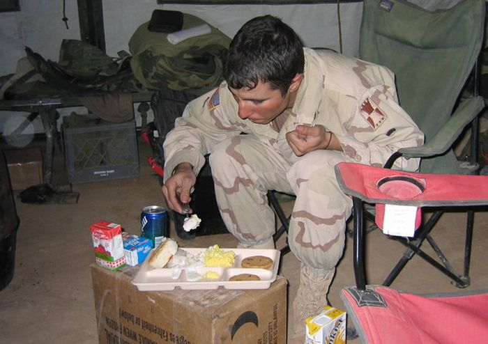 Photos Show Off What Daily Life Was Like For Soldiers In Iraq