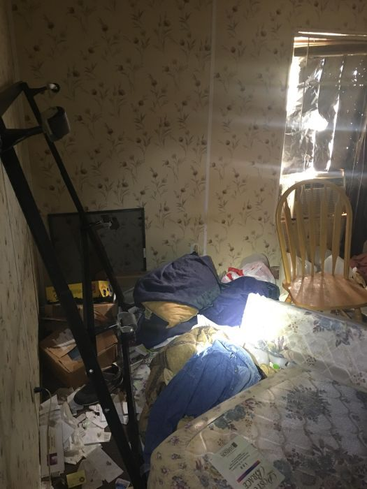 Disturbing Photos Show The Inside Of A Meth House